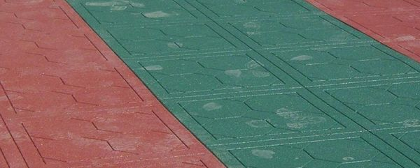 применение резиновой плитки