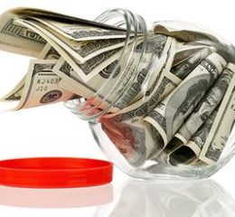 Куда вложить доллары, чтобы не потерять сбережения