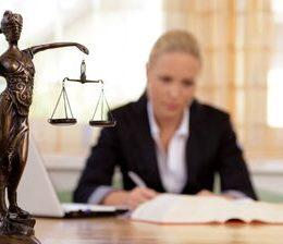 Законная зарплата, или сколько получают юристы