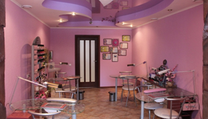 Внутренний дизайн помещения под салон красоты.