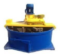 Оборудование для замешивания цемента при изготовлении шлаколоблоков.