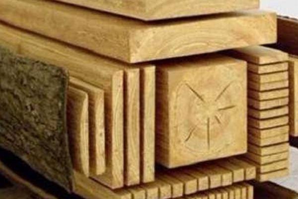 Необходимые стройматериалы из древесины.