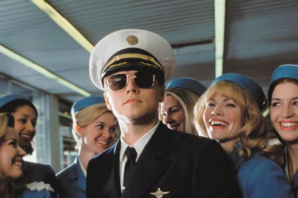 Какая зарплата у пилотов России.