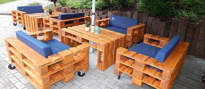 мебель из поддонов для кафе