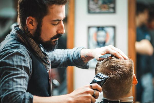 Как оплачивают труд парикмахеров?