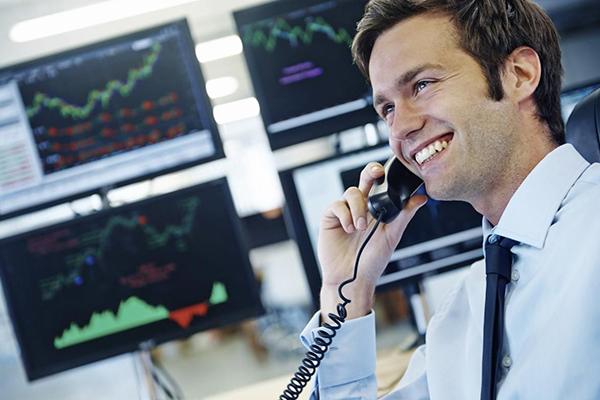 Как торговать правильно и получать прибыль без большого риска.