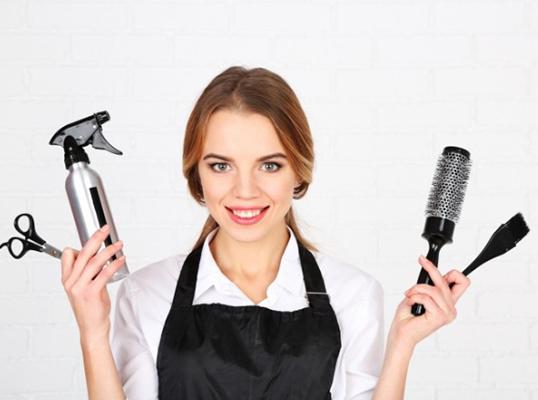 Сколько зарабатывает парикмахер?