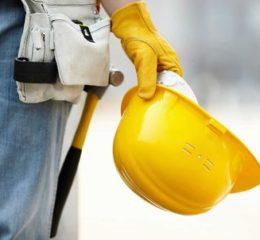 Сколько получают строители?
