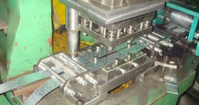 процесс штамповки