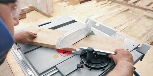 Как работает распиловочный стол