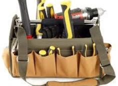 Набор инструментов для изготовления мебели.