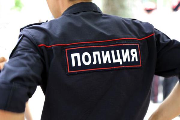 Какая зарплата у полицейских в России и зарубежье.