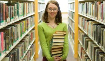 Какая зарплата у библиотекаря?