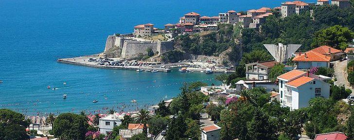 в Черногорию без визы