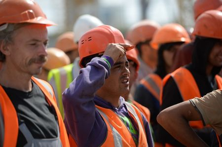 зарплата мигрантов в США