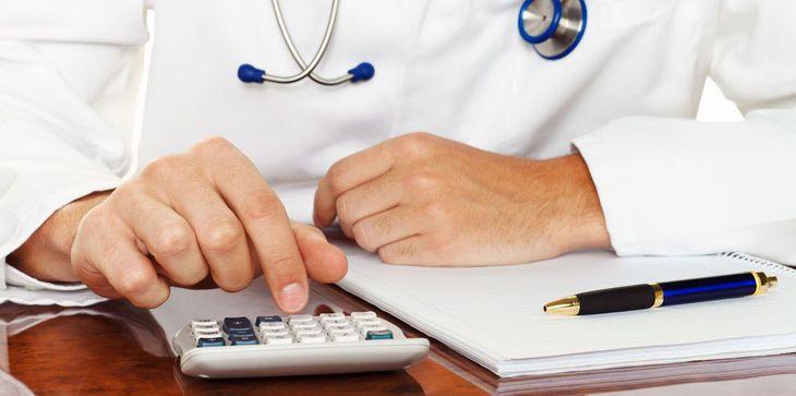 зарплата врача в Казахстане