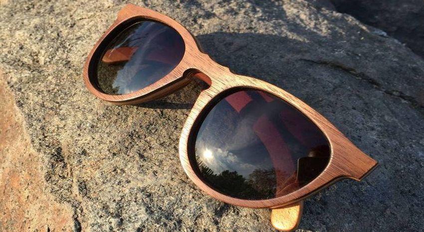 очки из дерева