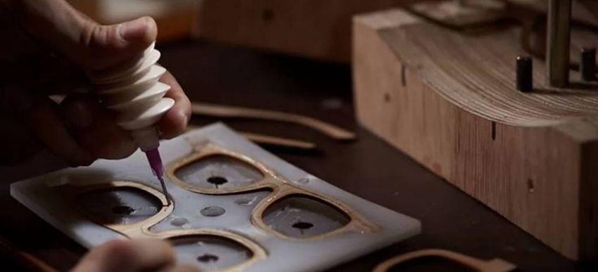 производство деревянных очков